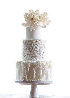 Top 10 Wedding Cake Creators in Malaysia - Part 2 - bolo misturas de pastas - Hochzeit White Wedding Cakes, Elegant Wedding Cakes, Beautiful Wedding Cakes, Gorgeous Cakes, Wedding Cake Designs, Pretty Cakes, Wedding Cake Toppers, Rustic Wedding, White Cakes