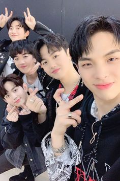 Dumb and Dumber Team Mission Yoshi, Yg Trainee, Babe, Survival, Boyfriend Pictures, Treasure Boxes, Find Picture, Yg Entertainment, Under The Sea