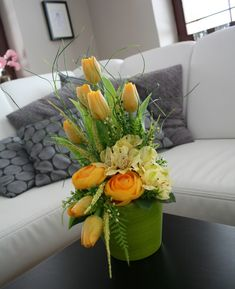 Silk Arrangements, Centerpieces, Table Decorations, Clay Flowers, Flower Boxes, Easter Crafts, Spring, Christmas, Inspiration