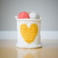 Crochet this adorable Heart Basket that will brighten up any room and provide great storage!  Free pattern & tutorial available!