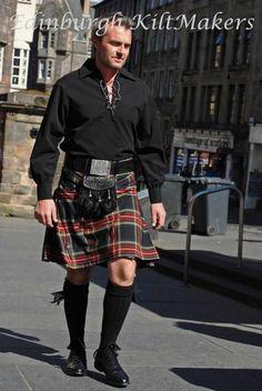 Black Stewart Tartan Kilt, Scottish Kilts GB, 8 Yard Kilts, Good Quality Kilts