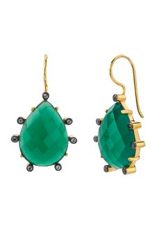Obsessed with these earring from Alanna Bess Jewelry!