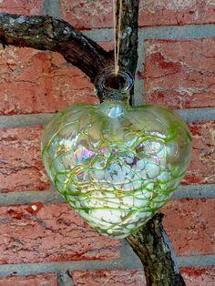 Green Web Heart / Wedding favors / Christmas by Spiralspiral
