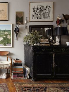 10 Gorgeous Dark Bohemian Decoration Ideas For More Comfort - Scandi-BoHo - Home Home Decor Styles, Home Decor Accessories, Cheap Home Decor, Casual Home Decor, Design Jobs, Design Ideas, Dark Bohemian, Modern Bohemian, Bohemian Style