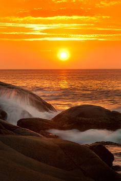 Por do sol o mar
