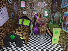 Monster High Doll House Clawdeens Room