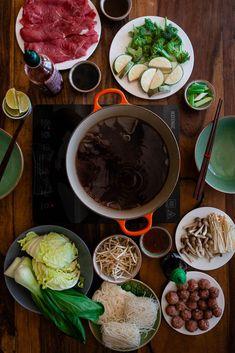 Asiatischer Hot Pot - schnell & einfach | Rezept | Foodblog aus der Pfalz Hot Pot, Bacon Jam Burger, Shabu Shabu, Cooking Photography, Food Packaging, Kimchi, Food Design, Asian Recipes, Blog