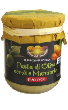 Pasta di olive verdi e mandorle