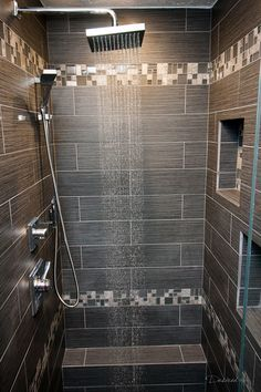 Amazing Shower Design Ideas for Your Bathroom Surf shower room renovation layouts and also decorating concepts. Discover motivation for your restroom remodel, including shades, storage, layouts and company. Restroom Remodel, Bath Remodel, Small Shower Remodel, Restroom Ideas, Master Bathroom Shower, Bathroom Showers, Basement Bathroom, Budget Bathroom, Shower Niche