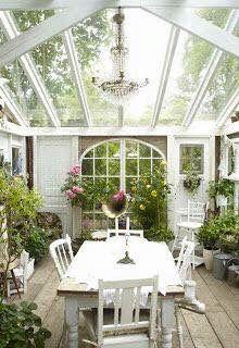 Winter garden total white