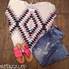 Stop in today for this fun casual outfit! Aztec top $28.99 small-large Big star crop jeans $136.00 Sandals $38.99 Necklace $14.99 We are open until 6! #bedazzledokc