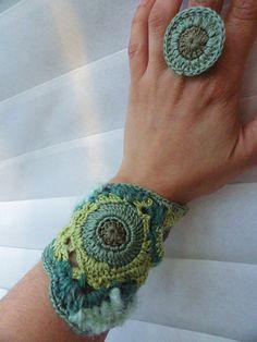 Moss Freeform Crochet Bracelet by anadiazarte, via Flickr