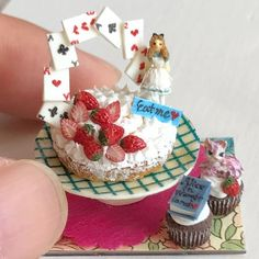 2017.09. Miniature Alice  Cake ♡ ♡ By  ooidesang