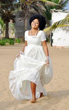 Robe de mariée, Design,LM, portée par Amy Prisca, jeune modèle originaire du Togo