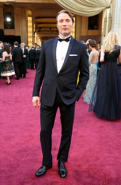 Mads Mikkelsen chose to wear Dior Homme at the Oscar 2013 ceremony.