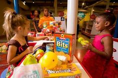 This past weekend, PTM celebrated to re-opening of our ShopRite Supermarket! The beloved exhibit with its sparkling new checkout lanes and shopping baskets, will now feature shopping lists to help children plan menus, quick response (QR) codes with detailed nutritional information, racks with magazines and flowers and MUCH MORE!