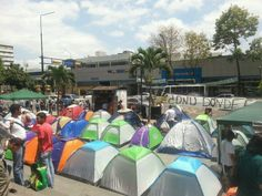 Venezuelan protesters camp outside UN office - CARACAS, Venezuela -- Dozens of students have pitched camp outside the United Nations office in Caracas to complain the international community is siding with Venezuela's government by not speaking out against rights abuses during a bloody, two-month political standoff.  Read more here: http://www.miamiherald.com/2014/03/26/4019389/venezuelan-protesters-camp-outside.html#storylink=cpy