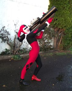 Harley Quinn - bazooka by BuffyProps