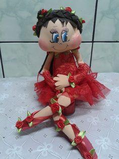 Boneca fofucha de eva estilo bailarina vermelha