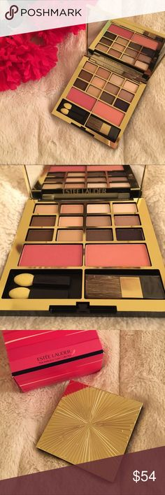Estée Lauder eyeshadow/blush palette This beautiful neutral palette is the perfect size for travel. It holds (12) eye shadows, (2) blushes, and (3) applicators. This palette is authentic, brand new, unused & untouched. Estee Lauder Makeup Eyeshadow