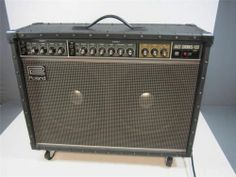 Roland Jazz Chorus JC-120 Guitar Amp Amplifier 2 Channel WCover LOCAL PICKUP