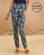 Printed Trousers #Womens #Ladies #Fashion #CottonEdits #cotton #Edits #British #Fashion #SS16 #cotton #edits #cottontraders #print #summerstyle #blue #outfit #pants #trousers