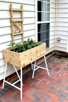 build an elevated container garden with high quality cedar and IKEA trestle legs