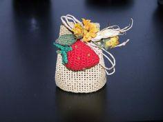https://www.facebook.com/Hobbystica/ #madeinfacebook #lemaddine #handmade #handcrafted #handmadeitaly #crochet #wedding #favor #confetti #hobbysticabynany #instagood #picoftheday #instahandmade #instagram #instapic #instacool #photooftheday #instagood #bomboniere #bomboniera #fragola #amigurumi #crochet