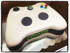 Xbox remote cake! #christiessweetcreations