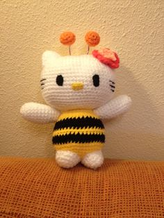 Kitty Abeja Amigurumi : PATRON GRATIS HELLO KITTY AMIGURUMI Hello Kitty free ...