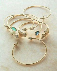 Arm bracelets gold