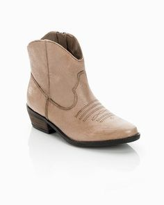 brown leather ankle boot, yes please