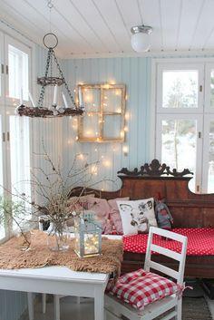 Swedish Christmas, Scandinavian Christmas, Christmas Home, Christmas Inspiration, Home Decor Inspiration, Scandinavian Bedroom, Cottage Homes, Porch Swing, My Room