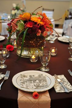 Elegant table setting at The Yacht Club at Marina Shores by TheYachtClubatMS, via Flickr