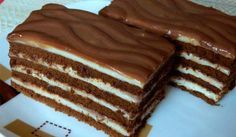 This cake melts in your mouth! Milk cubes cake, fast è - English Desserts, Sweet Desserts, Sweet Recipes, Delicious Desserts, Cake Recipes, Dessert Recipes, Torte Cake, Romanian Food, Hungarian Recipes