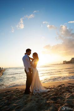 Natasha & Will  | Oahu, HI | Rachel Robertson Photography | rachelrobertson.com