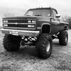 1987 Chevy Silverado -- **More like an with about a lift probably on Chevy girl! Lifted Chevy Trucks, Diesel Trucks, Cool Trucks, Pickup Trucks, Chevy Trucks Older, Truck Memes, Dually Trucks, Chevrolet Silverado, Chevrolet Trucks