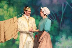 8 Things to Do in Houston With Kids| Cinderella at Miller Outdoor Theater