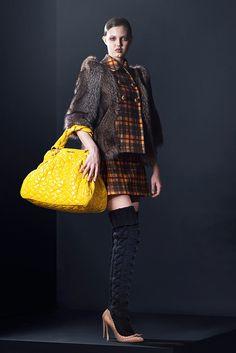 Miu Miu Pre-Fall 2010 Fashion Show - Lindsey Wixson (Elite)