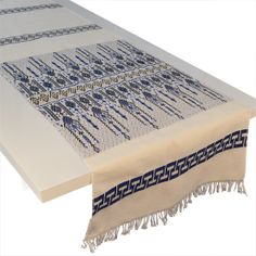 What a great table setting w/ this amazing Greek blue & white table runner!  Traditional Greek scrolls so beautifully woven, surrounded by meander (Greek key).  Available @ www.urbanfolk.eu