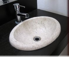 Whether it's round or square, under mount or drop-in sinks, we have designer bathroom sinks in all shapes and sizes to fit your style.