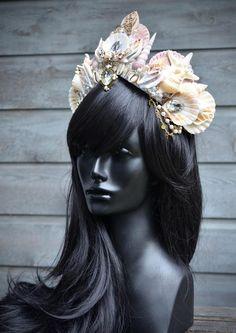 Mermaid Headpiece, Feather Headdress, Mermaid Shell, Mermaid Crown, Bride Accessories, Costume Accessories, Shell Crowns, Seashell Crown, Bride Tiara