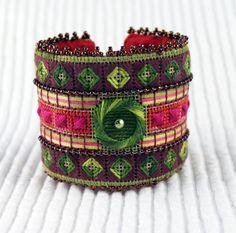 Needlepoint Cuff Bracelet Kit The TREE Cuff от ADORNBYORNA на Etsy, $40.00
