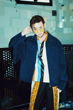 [PHOTO] 180601 香蕉街拍ChicBanana Weibo Update with Xiao Gui #百分九少年 #NinePercent #偶像练习生 #IdolProducer #小鬼 #XiaoGui