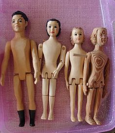 BIRMINGHAM DOLL CLUB OF ALABAMA: CARVED WOODEN DOLLS