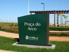 Totem Praça do Arco