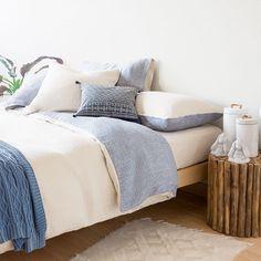 kissen decke matratze darauf sollten sie achten schlafzimmer pinterest schlafzimmer. Black Bedroom Furniture Sets. Home Design Ideas
