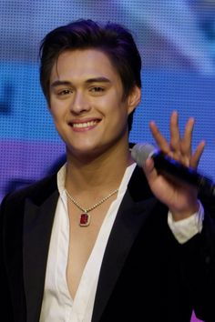Enrique Gil, Liza Soberano, My Ex And Whys, Meaningful Drawings, Tagalog, The Way You Are, Pretty People, Philippines, Dancer