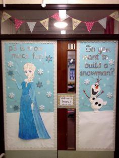 Make frozen door and have a real snowman making activity in classroom Frozen Classroom, Disney Classroom, Classroom Themes, Classroom Charts, Future Classroom, School Door Decorations, Christmas Door Decorations, Christmas Crafts, Christmas Classroom Door