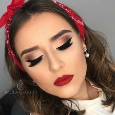 """WEBSTA Paula Ciacco Eine Minha, aus der Vida wird Amooo esse estilo """"Pin-up"""" . - Prom Makeup For Brown Eyes Pin Up Makeup, Cute Makeup, Makeup Goals, Beauty Makeup, Hair Makeup, Gorgeous Makeup, Huda Beauty, Red Dress Makeup, Red Lipstick Makeup"""